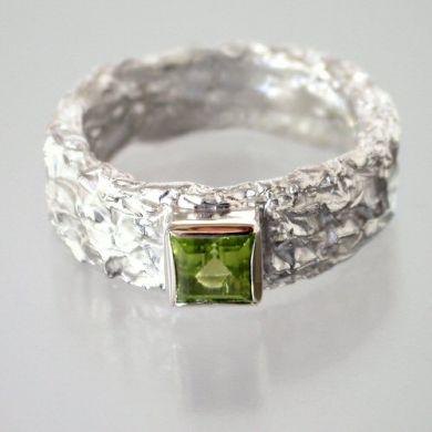 Crush Ring, Silber Peridot
